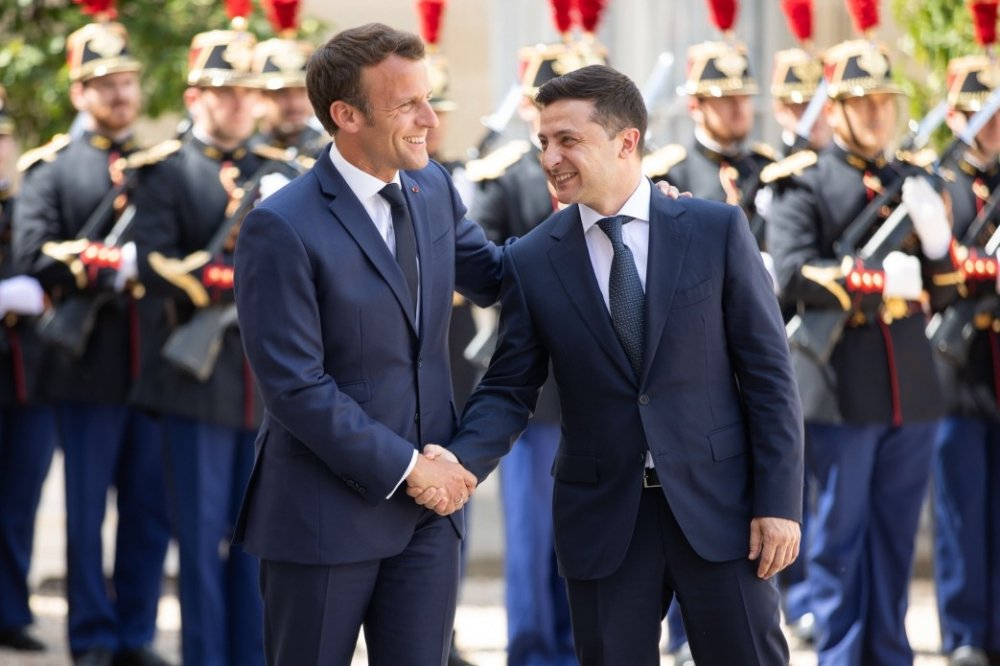 Ukrainian President Volodymyr Zelenskyy with French President Emmanuel Macron on an official visit to France. Source: president.gov.ua