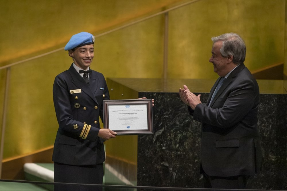 Brazilian Navy Officer Receives UN Gender Advocate Award, Shows Why Women Peacekeepers Matter