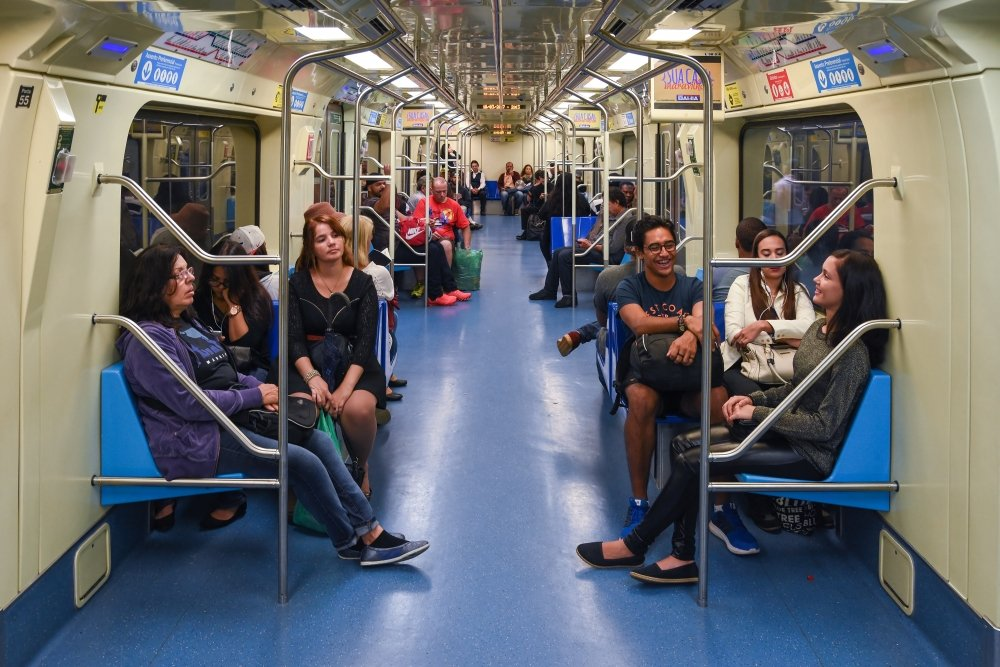 Wealthy Families in São Paulo Ditching Cars for Public Transportation