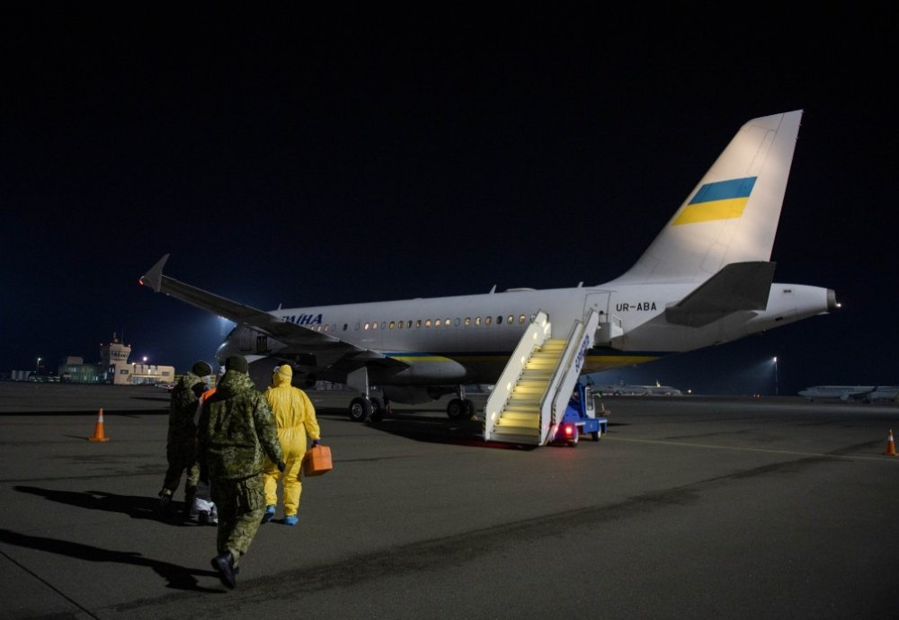 The plane of the President of Ukraine transported 33 Ukrainians, who were unable to return home due to border closure caused by quarantine, from Austria to Boryspil International Airport (Kyiv)