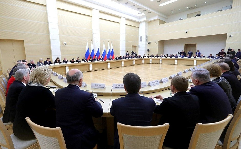 Meeting with members of the working group on drafting proposals for amendments to the Constitution in January 2020. Source: kremlin.ru