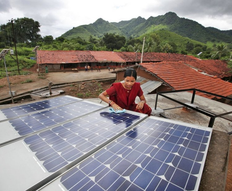 Charging Ahead: Scaling Up Renewable Energy in the Developing World