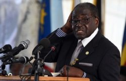 Mugabe is Bailed out by Beijing. But too Little too Late for Zimbabwe?
