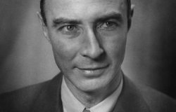Political Authority or Atomic Celebrity?  The Influence of J. Robert Oppenheimer on American Nuclear Policy after the Second World War