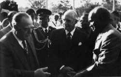 Apartheid South Africa and the Collapse of the Portuguese Empire
