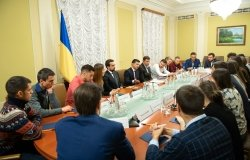 Image: Volodymyr Zelenskyy met with Euromaidan participants