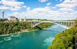 Image - US Canada Border Rainbow Bridge