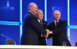 Image: Vladimir Putin, President of Kazakhstan Nursultan Nazarbayev (center) and President of Belarus Alexander Lukashenko.